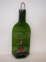 ja-16-13-jonathan-andersson-wattalotta-bottles-fused-bottle-with-vintage-toy-soldiers-take-me-to-your-leader-dhs-300